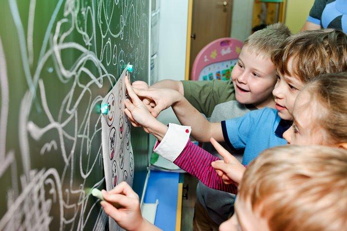 Развитие ребенка от 6 до 9 лет: лучший метод обучения – обсуждение
