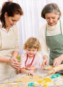 """Дочки-матери"" для бабушек и мам. Круглый стол"