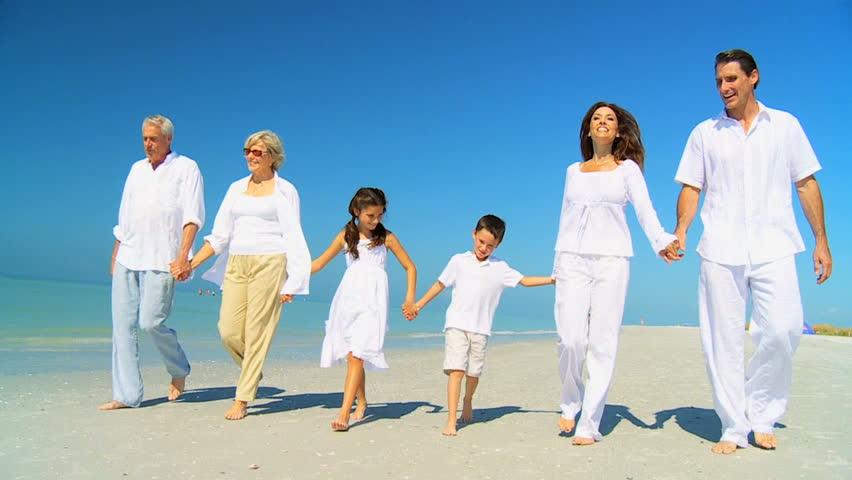 Мир в семье важнее всего